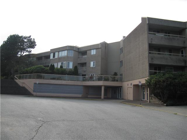 "Main Photo: 213 9632 120A Street in Surrey: Cedar Hills Condo for sale in ""CHANDLERS HILL"" (North Surrey)  : MLS® # F1424538"