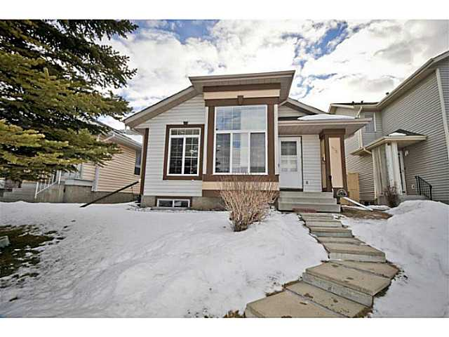 Main Photo: 103 MARTINWOOD Road NE in Calgary: Martindale Residential Detached Single Family for sale : MLS®# C3649621