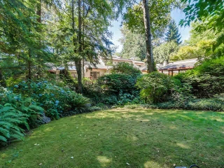 Main Photo: 2901 ALLAN Road in NORTH VANC: Westlynn Terrace House for sale (North Vancouver)  : MLS® # V1140367