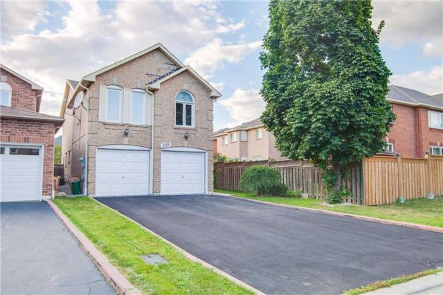 Main Photo: 1251 Bantham Street in Mississauga: East Credit House (2-Storey) for sale : MLS® # W3309776