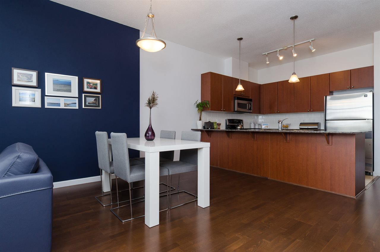 "Photo 7: 102 610 VICTORIA Street in NEW WEST: Downtown NW Condo for sale in ""THE POINT"" (New Westminster)  : MLS(r) # R2003966"