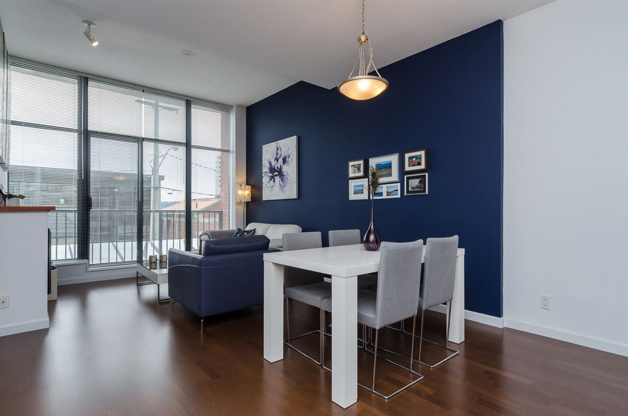 "Photo 3: 102 610 VICTORIA Street in NEW WEST: Downtown NW Condo for sale in ""THE POINT"" (New Westminster)  : MLS(r) # R2003966"
