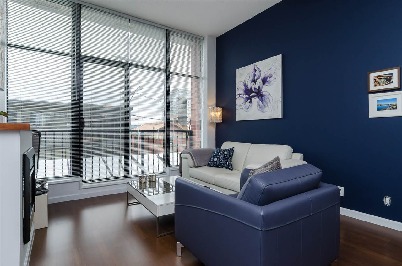 "Photo 4: 102 610 VICTORIA Street in NEW WEST: Downtown NW Condo for sale in ""THE POINT"" (New Westminster)  : MLS(r) # R2003966"