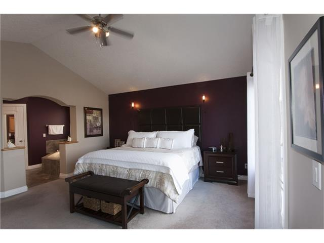 Photo 17: 126 TUSSLEWOOD Heights NW in Calgary: Tuscany House for sale : MLS(r) # C4054220