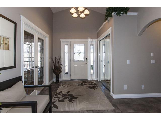 Photo 4: 126 TUSSLEWOOD Heights NW in Calgary: Tuscany House for sale : MLS(r) # C4054220