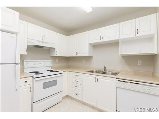 Photo 11: 219 290 Island Highway in VICTORIA: VR View Royal Condo Apartment for sale (View Royal)  : MLS(r) # 363617