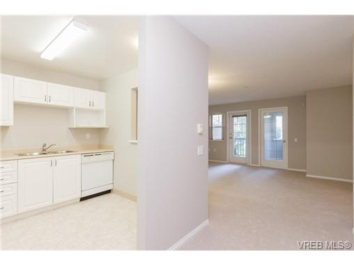 Photo 10: 219 290 Island Highway in VICTORIA: VR View Royal Condo Apartment for sale (View Royal)  : MLS(r) # 363617