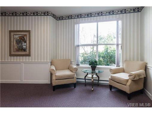 Photo 5: 219 290 Island Highway in VICTORIA: VR View Royal Condo Apartment for sale (View Royal)  : MLS(r) # 363617