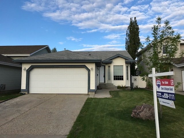 Main Photo: 10013 107 Street: Morinville House for sale : MLS(r) # E4049192