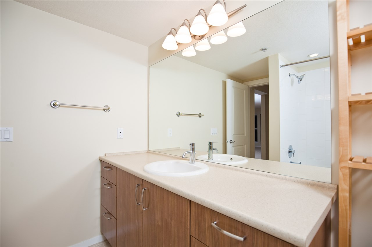 "Photo 5: 305 1330 GENEST Way in Coquitlam: Westwood Plateau Condo for sale in ""THE LATNERNS"" : MLS® # R2156397"