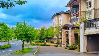 "Main Photo: 305 1330 GENEST Way in Coquitlam: Westwood Plateau Condo for sale in ""THE LATNERNS"" : MLS® # R2156397"