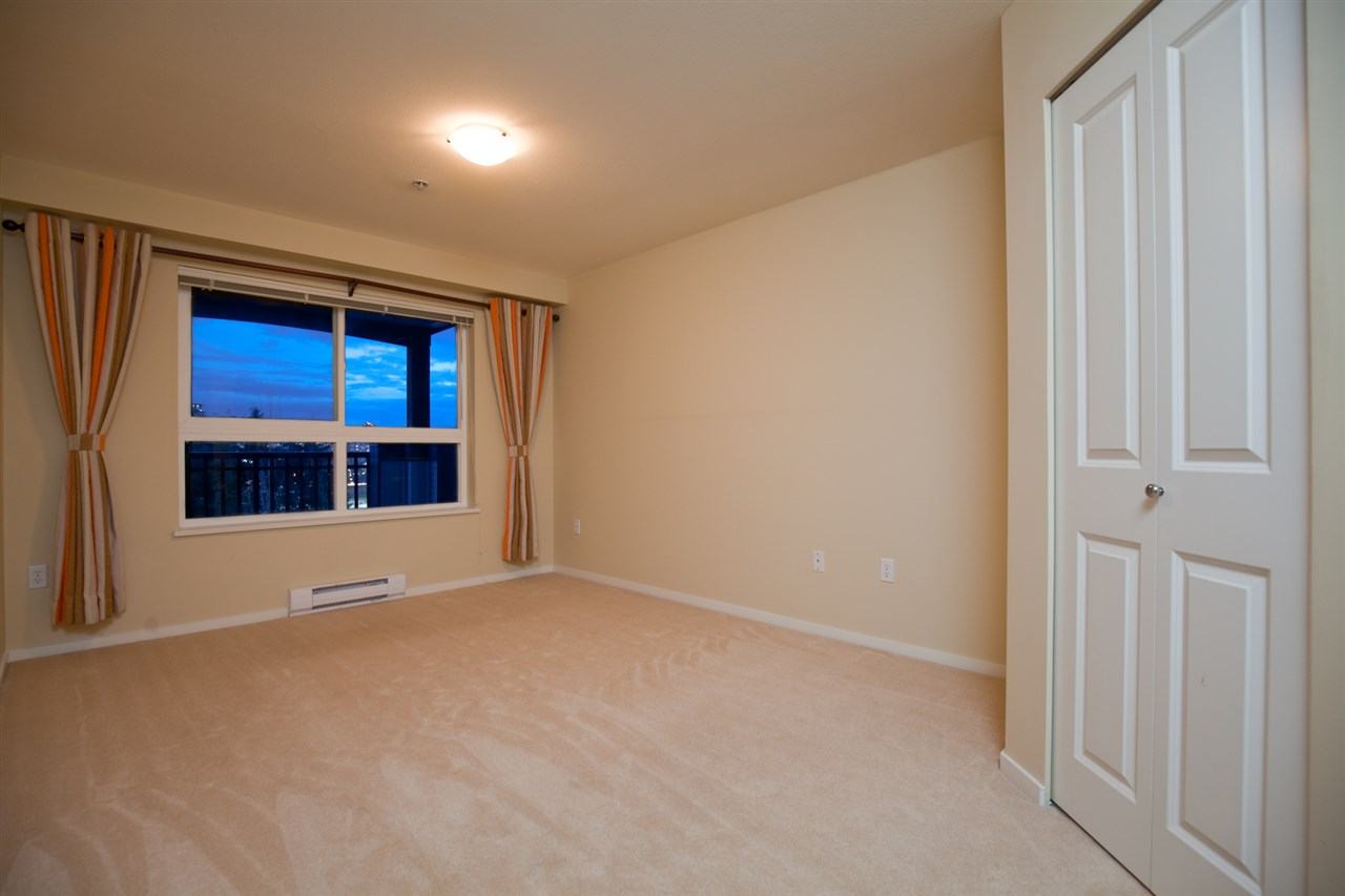 "Photo 7: 305 1330 GENEST Way in Coquitlam: Westwood Plateau Condo for sale in ""THE LATNERNS"" : MLS® # R2156397"