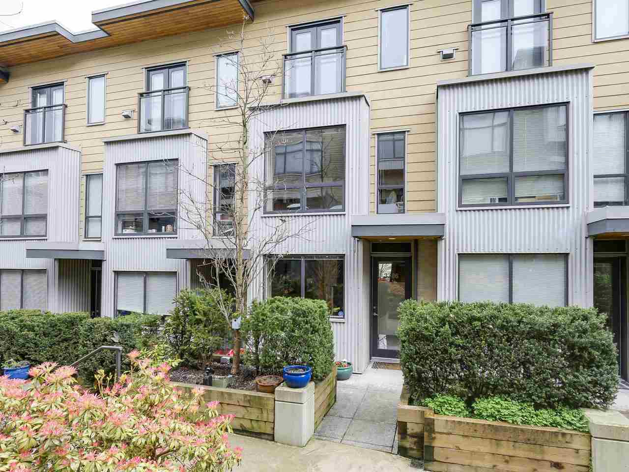 "Main Photo: 3786 COMMERCIAL Street in Vancouver: Victoria VE Townhouse for sale in ""BRIX 1"" (Vancouver East)  : MLS(r) # R2156618"