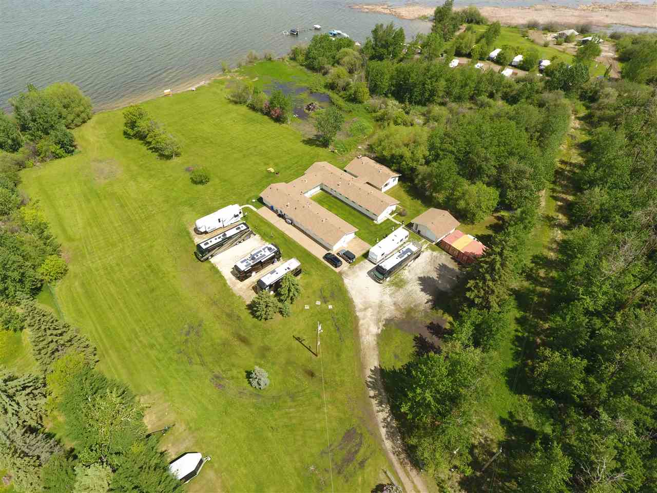 Main Photo: 224 3510 Ste. Anne Trail: Rural Lac Ste. Anne County House for sale : MLS® # E4060390