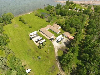 Main Photo: 224 3510 Ste. Anne Trail: Rural Lac Ste. Anne County House for sale : MLS(r) # E4060390