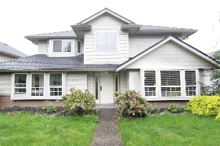 Main Photo: 19018 64 Avenue in Surrey: Cloverdale BC House for sale (Cloverdale)  : MLS(r) # R2163292