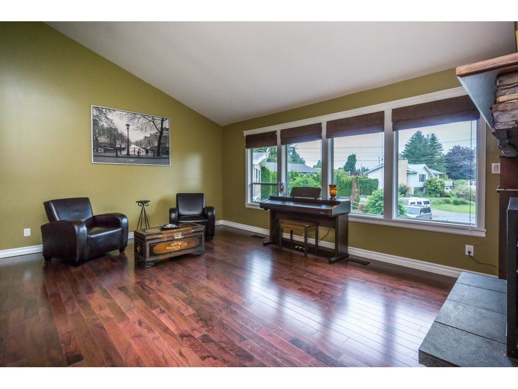 "Photo 4: 33464 CONWAY Place in Abbotsford: Central Abbotsford House for sale in ""CENTRAL ABBOTSFORD"" : MLS® # R2170228"