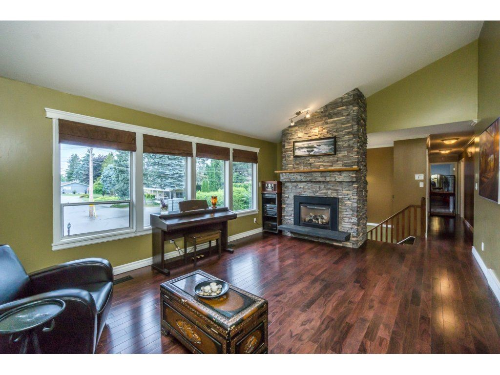 "Photo 5: 33464 CONWAY Place in Abbotsford: Central Abbotsford House for sale in ""CENTRAL ABBOTSFORD"" : MLS® # R2170228"