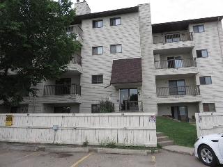 Main Photo:  in Edmonton: Zone 29 Condo for sale : MLS(r) # E4067652