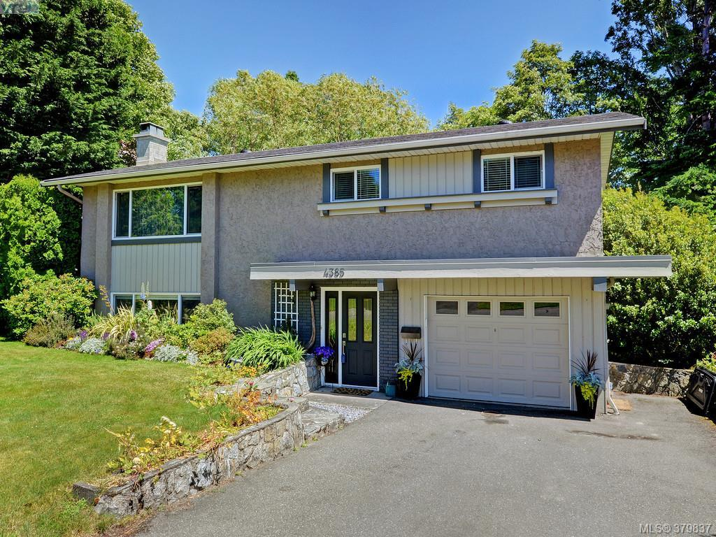 Main Photo: 4385 Northridge Crescent in VICTORIA: SW Northridge Single Family Detached for sale (Saanich West)  : MLS(r) # 379837