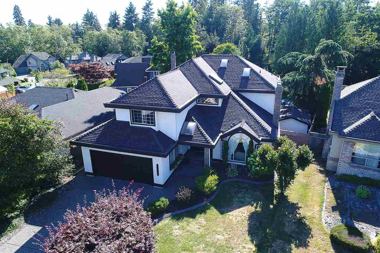 Main Photo: 8333 148B Street in Surrey: Bear Creek Green Timbers House for sale : MLS® # R2191505