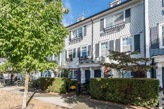 Main Photo: 34 18983 72A Avenue in Surrey: Clayton Townhouse for sale (Cloverdale)  : MLS® # R2207346