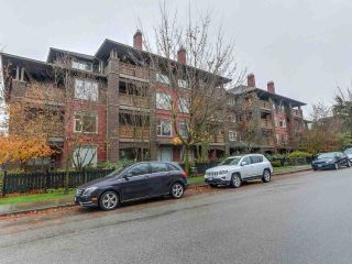 "Main Photo: 109 675 PARK Crescent in New Westminster: GlenBrooke North Condo for sale in ""THE WINCHESTER"" : MLS® # R2224095"