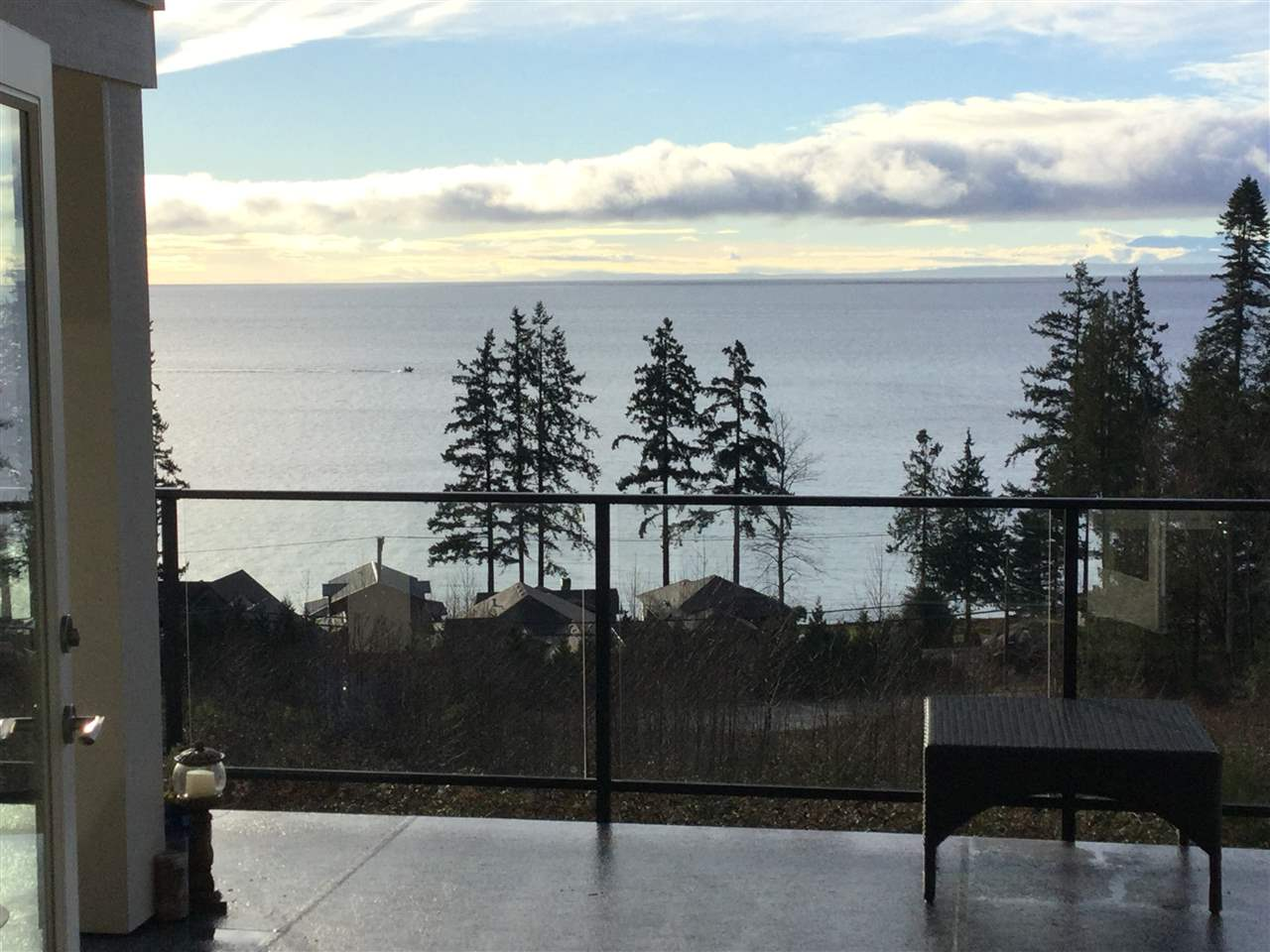 Photo 3: Photos: 6021 COWRIE Street in Sechelt: Sechelt District House for sale (Sunshine Coast)  : MLS® # R2231285