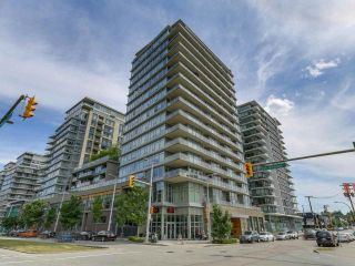 Main Photo: 305 1708 COLUMBIA Street in Vancouver: False Creek Condo for sale (Vancouver West)  : MLS®# R2273823