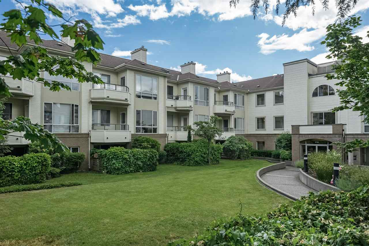 "Main Photo: 403 6740 STATION HILL Court in Burnaby: South Slope Condo for sale in ""WYNDHAM COURT"" (Burnaby South)  : MLS®# R2276232"