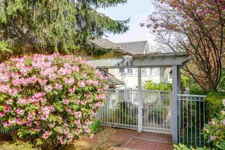 Main Photo: 121 4155 SARDIS Street in Burnaby: Central Park BS Townhouse for sale (Burnaby South)  : MLS®# R2286362