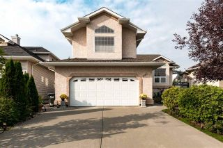 Main Photo: 384 Heritage Drive: Sherwood Park House for sale : MLS®# E4127655