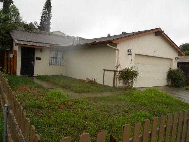 Main Photo: SAN DIEGO House for sale : 3 bedrooms : 1082 Worthington