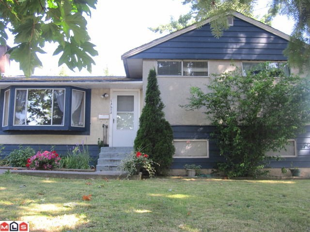 Photo 3: 13473 94A Avenue in Surrey: Queen Mary Park Surrey House for sale : MLS(r) # F1121162