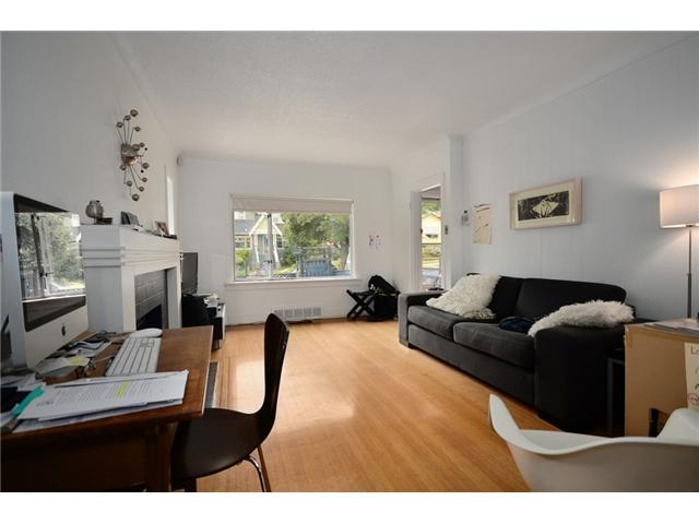 "Main Photo: 2004 E 8TH Avenue in Vancouver: Grandview VE House for sale in ""COMMERCIAL DRIVE"" (Vancouver East)  : MLS®# V910126"