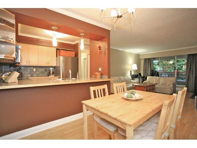 "Main Photo: 109 932 ROBINSON Street in Coquitlam: Coquitlam West Condo for sale in ""The Shaughnesy"" : MLS® # V924268"