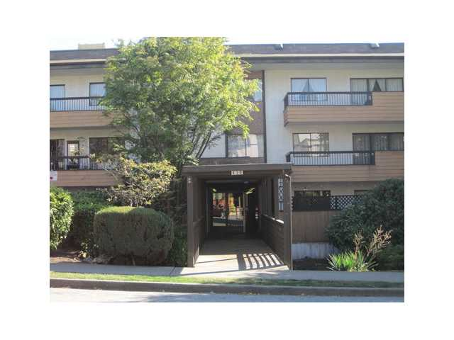 Main Photo: 102 410 AGNES Street in New Westminster: Downtown NW Condo for sale : MLS® # V977078