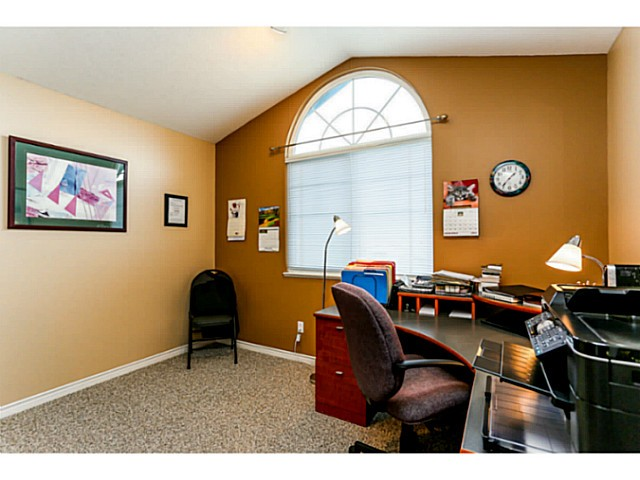 "Photo 13: 14 11358 COTTONWOOD Drive in Maple Ridge: Cottonwood MR Townhouse for sale in ""Carriage Lane"" : MLS(r) # V1037299"