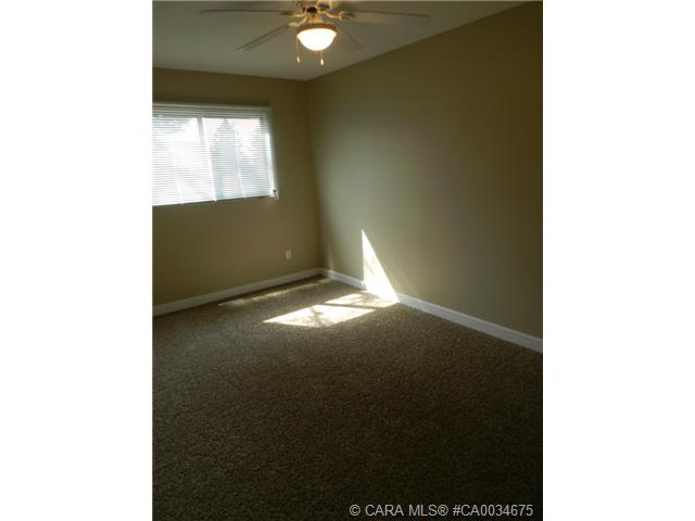 Photo 8: 55 Gordon Street in Red Deer: RR Glendale Park Estates Residential for sale : MLS® # CA0034675