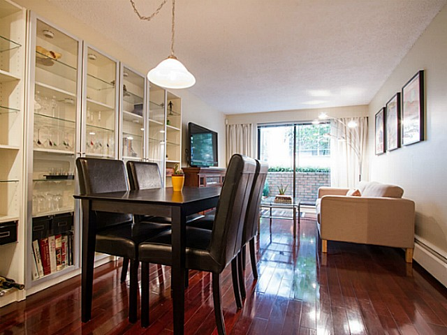 "Main Photo: 209 345 W 10TH Avenue in Vancouver: Mount Pleasant VW Condo for sale in ""Villa Marquis"" (Vancouver West)  : MLS®# V1069743"