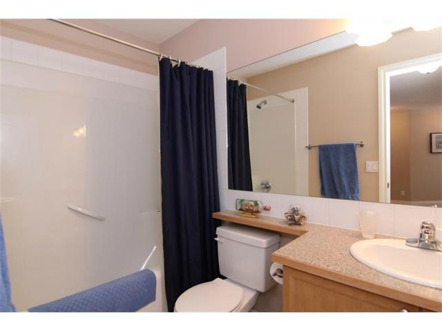 Photo 5: 165 Westlake Bay: Strathmore House for sale : MLS(r) # C4003173