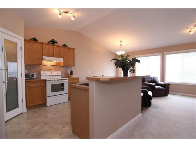 Photo 10: 165 Westlake Bay: Strathmore House for sale : MLS(r) # C4003173