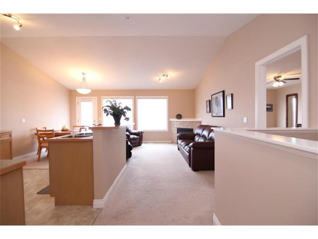 Photo 9: 165 Westlake Bay: Strathmore House for sale : MLS(r) # C4003173