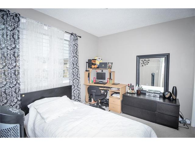 Photo 21: 92 TARINGTON Way NE in Calgary: Taradale House for sale : MLS® # C4028277