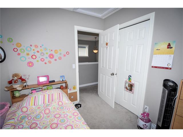 Photo 20: 92 TARINGTON Way NE in Calgary: Taradale House for sale : MLS® # C4028277