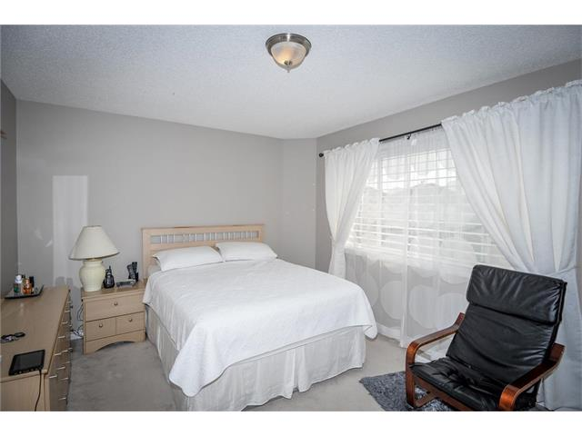 Photo 16: 92 TARINGTON Way NE in Calgary: Taradale House for sale : MLS® # C4028277