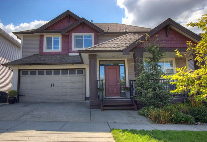 Main Photo: 16416 59A Avenue in Surrey: Cloverdale BC House for sale (Cloverdale)  : MLS® # R2002360