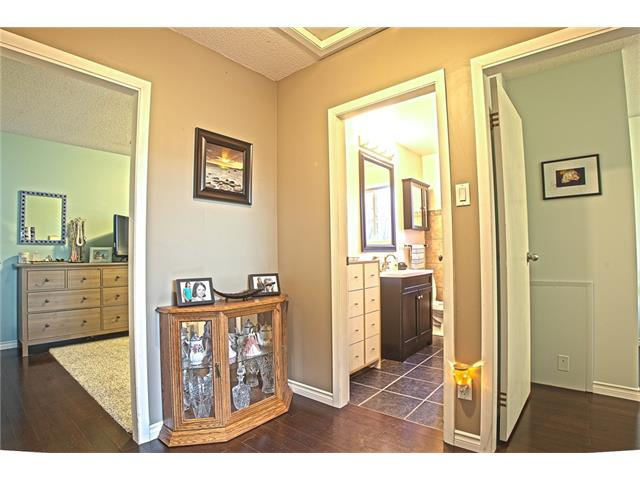 Photo 24: 20 SACKVILLE Drive SW in Calgary: Southwood House for sale : MLS® # C4040691
