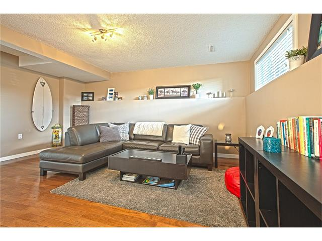 Photo 17: 20 SACKVILLE Drive SW in Calgary: Southwood House for sale : MLS® # C4040691