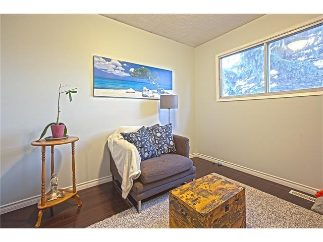 Photo 29: 20 SACKVILLE Drive SW in Calgary: Southwood House for sale : MLS® # C4040691